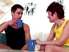 Autocratic mature mom creampied at the end of one's tether not the brush lass